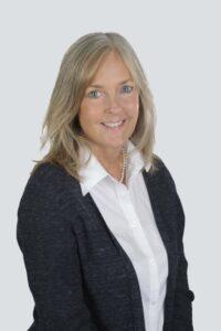 mary peterson faculty headshot